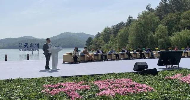 """溧阳举办""""企业家焦尾琴沙龙""""市委书记、市长为旅游企业鼓劲"""