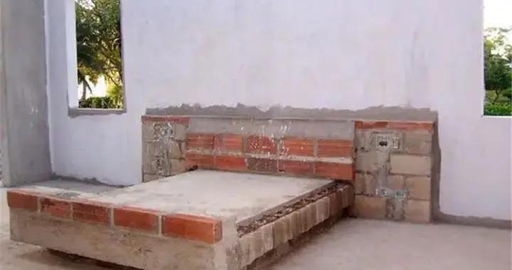 除了炕以外,还头一回见用砖砌床!配上15块透明玻璃,效果美呆了