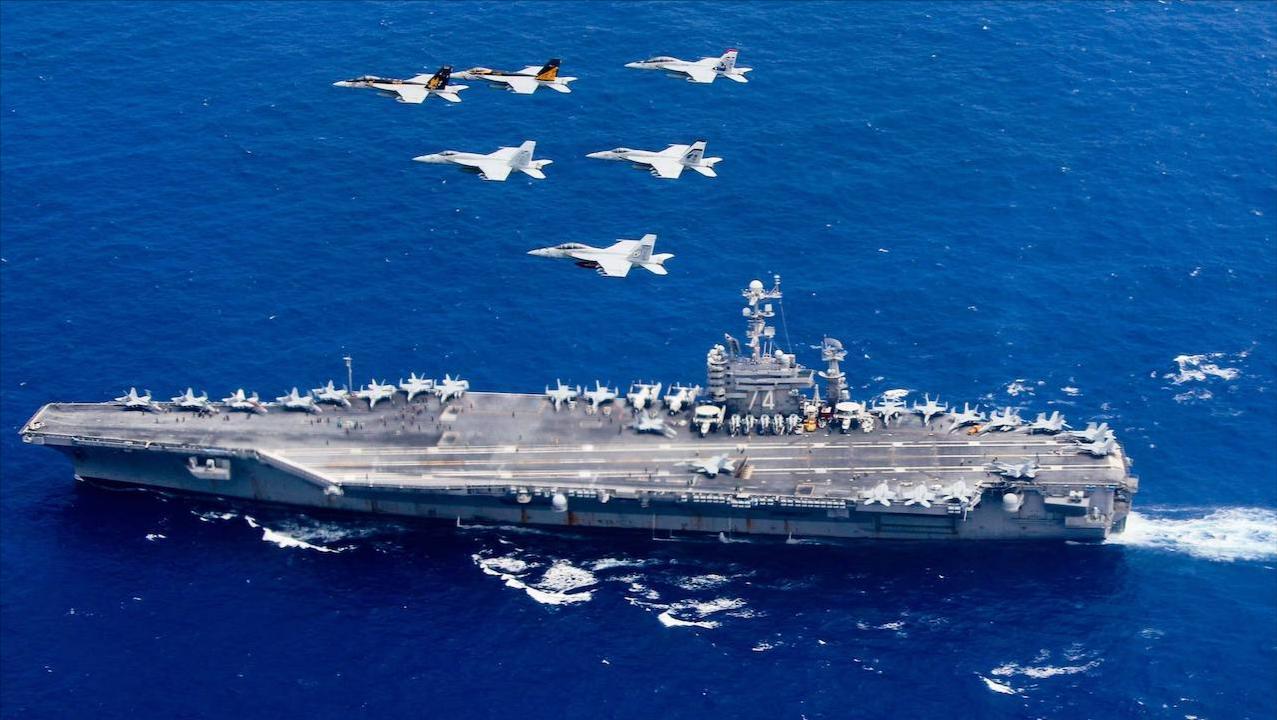 10万吨航母丧失战力,美军确诊人数持续飙升,拱手让出西太平洋