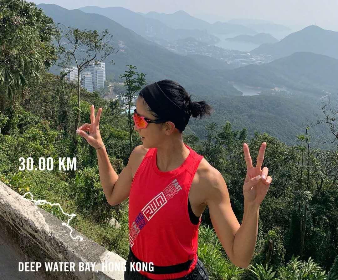 陈奕迅老婆徐濠萦常年健身,没有赘肉腹肌明显,这是健身给的回报