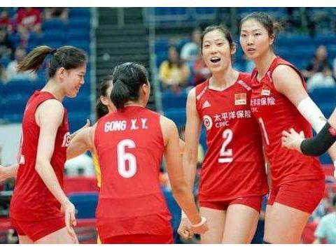 身高1米75女排队长,助球队低谷期夺2银1铜,与上海女排实现5连冠