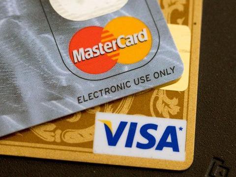 疫情期间加拿大万事达卡、Visa提高非接触式支付上限