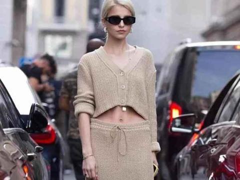温柔细腻的针织裙搭配参考,轻松打造大长腿,穿出时髦范儿