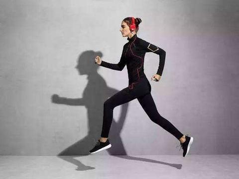 坚持跑步会变瘦,若不想显老,这3点要做好,你明白吗?