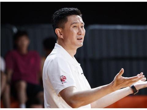 亚洲杯倒计时!中国篮球又迎大考,周琦、郭艾伦能否证明自己?