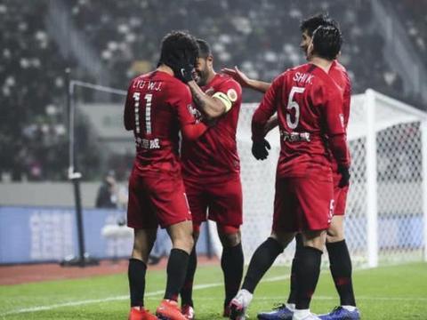 中超榜样,上港俱乐部连续三年实现盈利,中国职业足球的代表