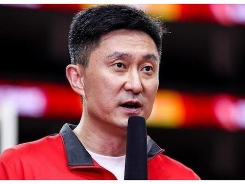"""中国男篮才济济的内线,产生了人才荒,杜锋""""大换血""""发生变化"""