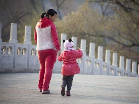 生二胎日子越过越差的,多是以下类型家庭,活得很辛苦