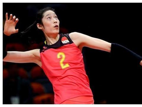 一个攻 一个防 朱婷跟袁心玥是中国女排最强矛跟盾