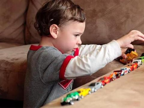 自闭症患者都是天才?关于自闭症,这四大误解你信了吗?