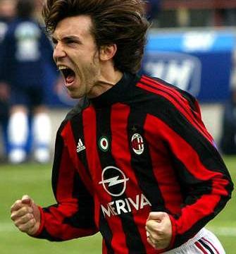 AC米兰队史今天:2004年皮尔洛罚入致胜点球 争议声中小胜恩波利
