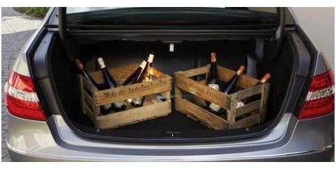 过年回家,后备箱装水果被罚200?车主:后备箱不能装东西了?