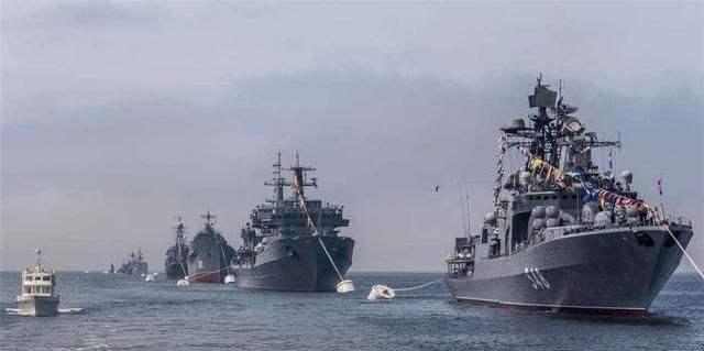 战舰快速逼近领海 委国内发生大爆炸 俄军机闯美防空识别区亮剑