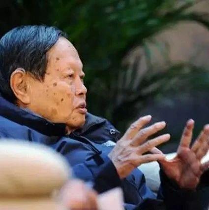 97岁杨振宁的最后一战:阻止我国耗资千亿建造超大对撞机场