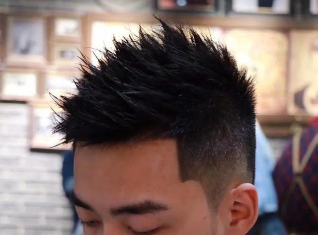 2020中国男士发型流行趋势,帅掉渣儿了