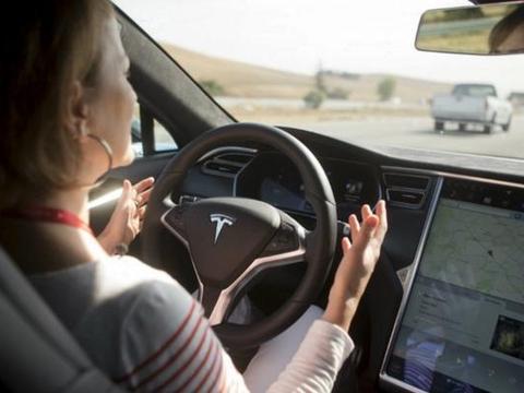 Tesla自动驾驶将升级?
