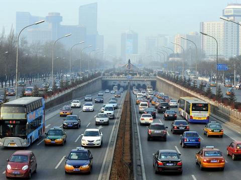 救市进行时(下):10地提供购车补贴 地方政府为车市各出奇招