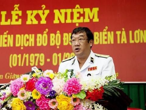越南海军中将司令,与日俄关系密切,主管越占岛礁,是个强硬派