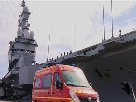 被坑惨!法国与美军搞军事交流,唯一航母确诊千例