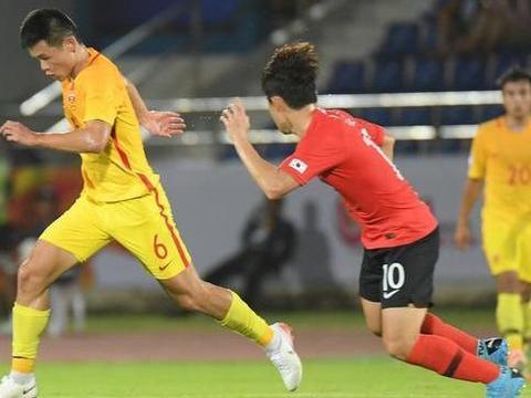 韩国U23主帅金鹤范称中国6号、8号是天才,两人将在鲁能挑大梁