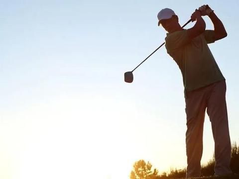 """""""世界影响力的高尔夫球具制造商""""通过WRCA官方权威评审"""