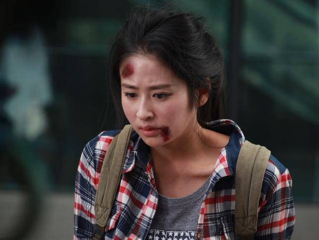 颖儿:15岁孤身一人去北京参赛,孕期不顾宝宝吊威亚,大出血流产