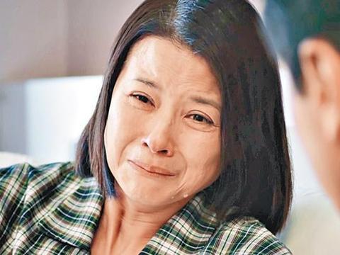 55岁亚姐黎燕珊婉拒前夫刘永两度道歉,允让子女相见前夫尽显大度
