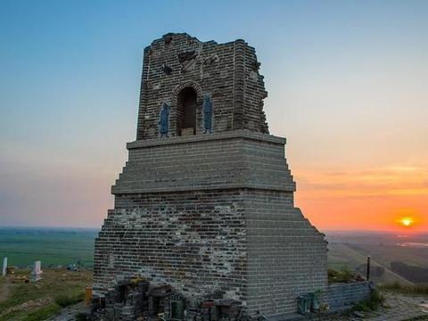 沈阳七星山:残山、残塔、残碉堡