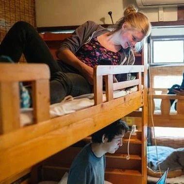 女教师失联两天,竟然是上下床惹的祸!