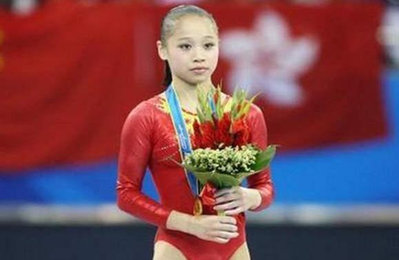 体操世界冠军眭禄,退役后二次发育成女神