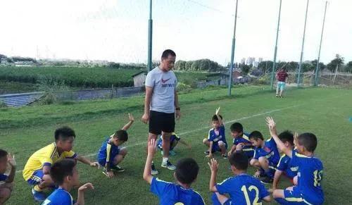 优秀青年体育教师的成功之门