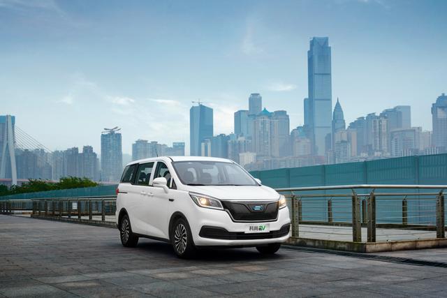 长安欧尚2周年,两款纯电动新车上市庆生