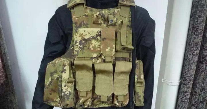 美国不禁枪,为何却对防弹衣严格管控?看看中国古代禁甲不禁兵