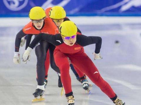 感谢王濛!担任速滑队教练组长后,中国短道男队成绩表现足够出众