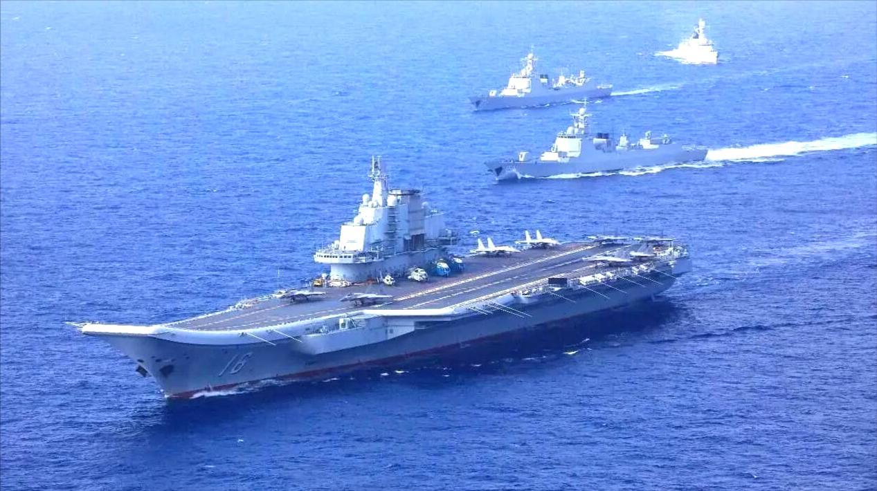 本月第二次!辽宁舰编队再穿越宫古海峡,网友:下次换山东舰