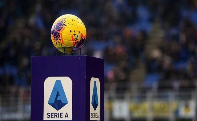 被网络酸民逼疯!意大利体育部长吐槽:我不是足球部长 别来烦我