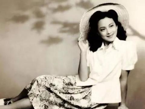 """直击 """"小燕子""""王丹凤的真容,明亮、洋气,是标准美人的典范"""