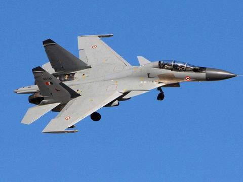 """99架苏-30MK2即将""""寿终正寝""""?服役16年,未来将由歼-16H替换"""
