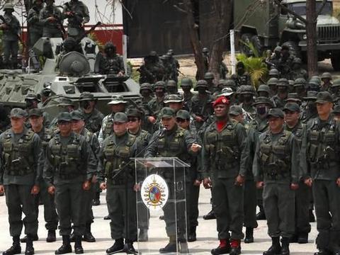 雇佣兵要搞军事政变,刚入境就遭团灭!