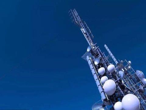 5G基站传播新冠病毒,英国77座移动信号塔被烧毁,被暴力袭击