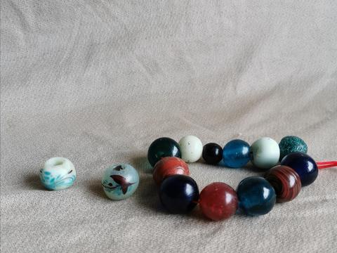古代琉璃珠饰一串