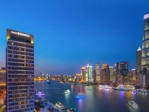 食上海英迪格酒店豪华半自助晚餐,赏外滩270°一线江景,平到笑