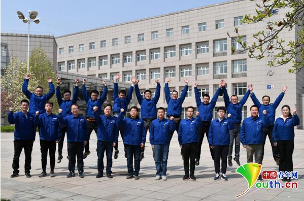 鹰击18研发团队获中国青年五四奖章集体称号,4项指标领先世界
