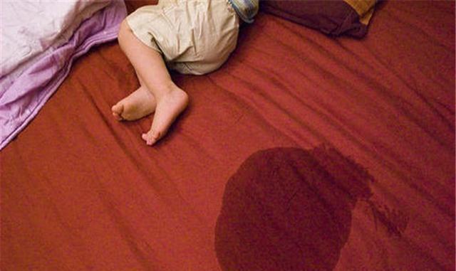 黄磊分享女儿尿床趣事获赞29万,父母的处理方式,对孩子很重要