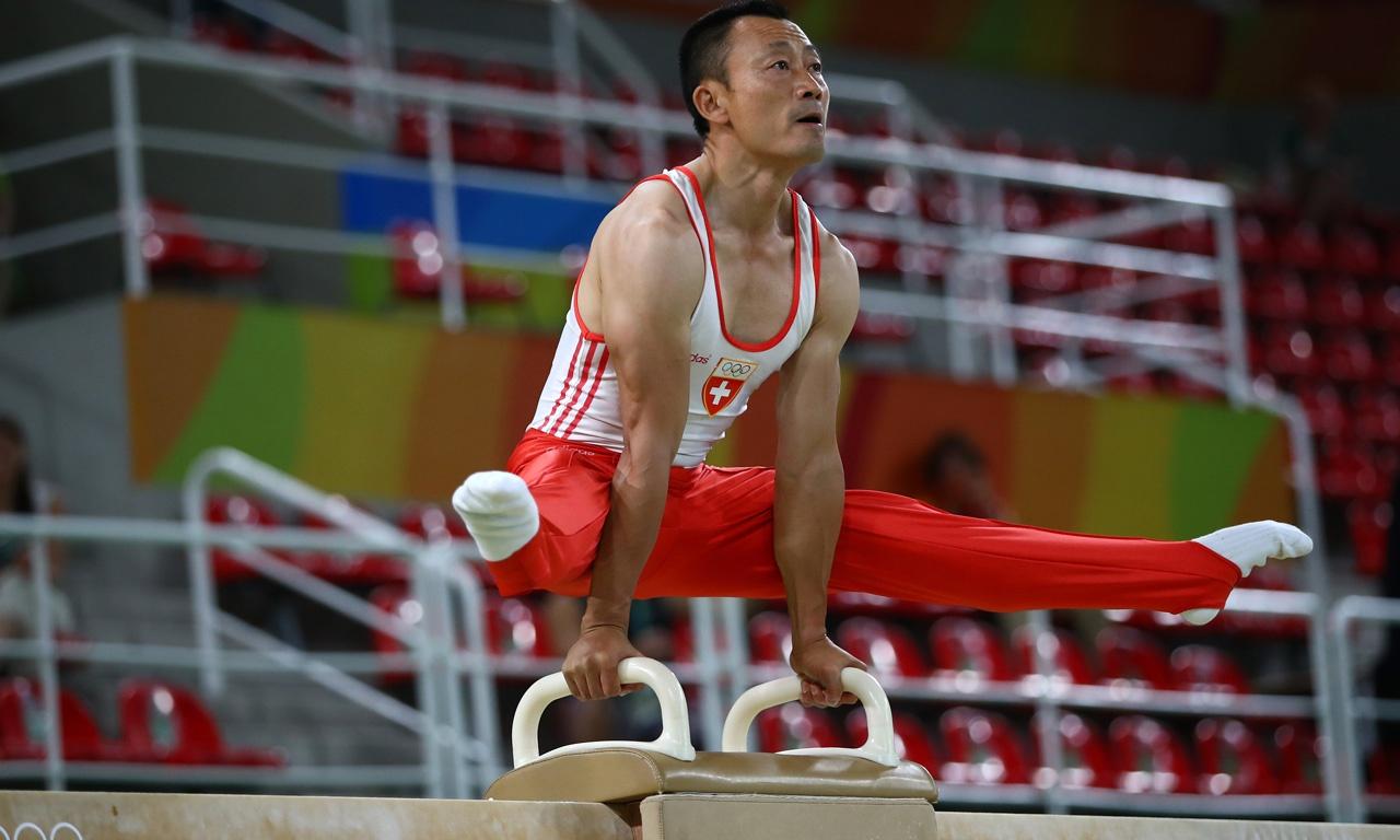 体操冠军李东华:因跨国恋情遭国家队开除,远赴瑞士后成该国骄傲