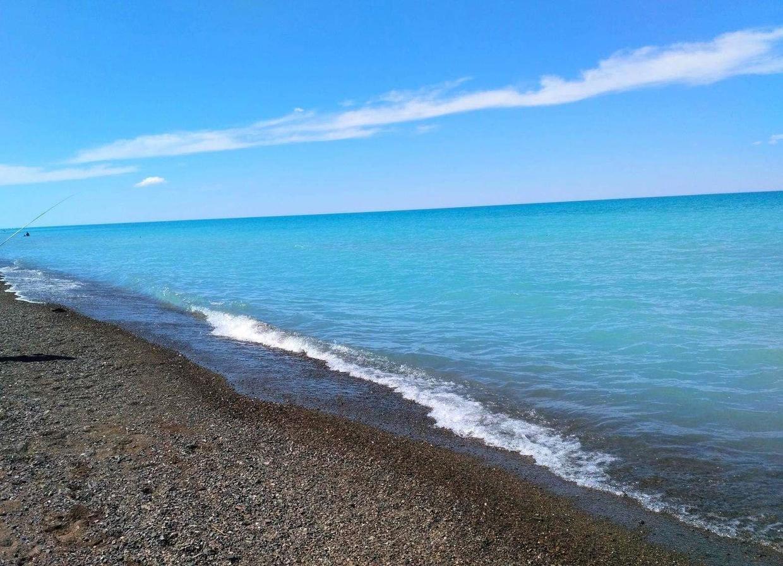 湖泊有咸水湖和淡水湖之分,但是巴尔喀什湖却一半淡水一半咸水