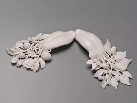 极富灵性的抽象陶瓷雕塑艺术——凯特麦克道尔作品欣赏