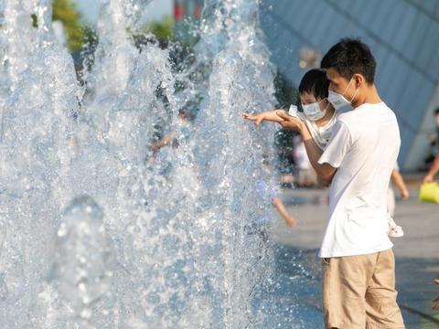 复苏商圈经济,深圳欢乐海岸重启欢乐