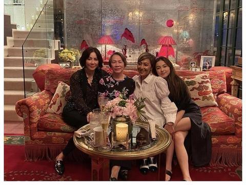 刘嘉玲晒照庆祝母亲节,豪宅入镜老上海风味浓郁,张叔平亲自设计
