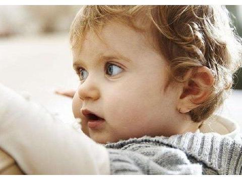 3岁之前抓住4个阶段,最大限度开发孩子潜能,让他赢在在起跑线